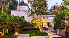 A Frank Gehry Home in Santa Monica Comes With Crazy Cool Surprises