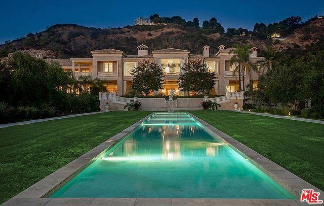 Beverly Hills CA Palazzo di Amore exterior