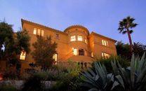 """""""Y&R"""" Star Michelle Stafford Lists Los Feliz Mansion for $2.499 Million (PHOTOS)"""