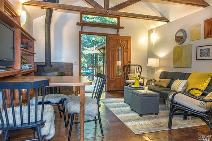 Multipurpose living space