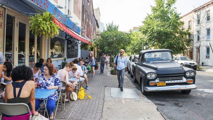 Does anyone know where that artisanal Kobe-branded beef hot dog place is in Williamsburg?