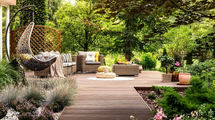 Buy These 10 Hot Backyard Decor Items With Your Tax Rebate