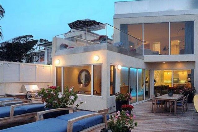 4 - Jim Carey Malibu Beach House