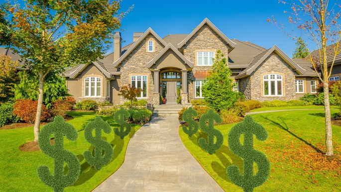 How Much Does Lawn Care Cost? Plus: How to Save | realtor com®