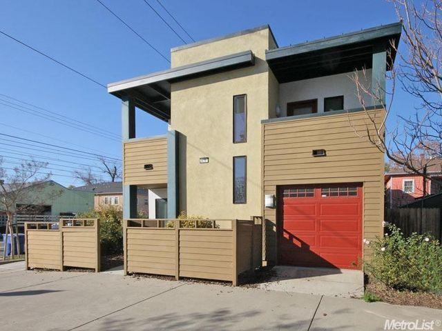 2619 R St, Sacramento, $330,000