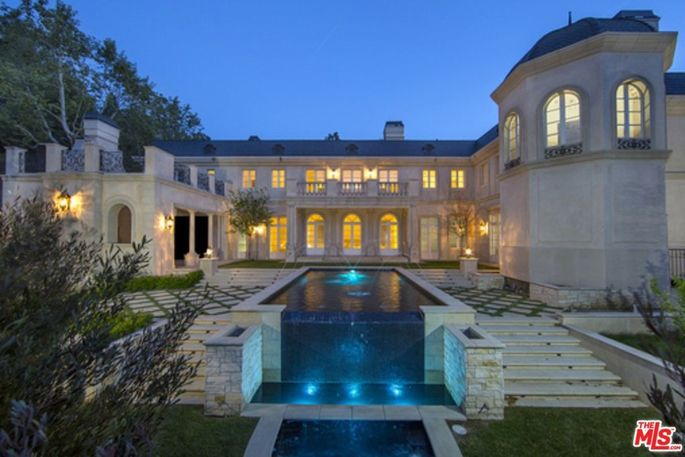 Chateau Philippe in Bel Air