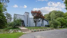 1970s Rhode Island Abode With a Tower Beckons New Owner for $600K