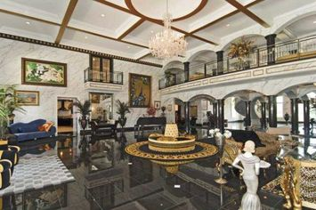 King Richard's Indescribable Indiana Castle Is Up For Sale