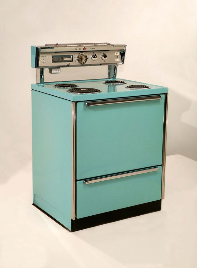 A 1957 General Electric stove