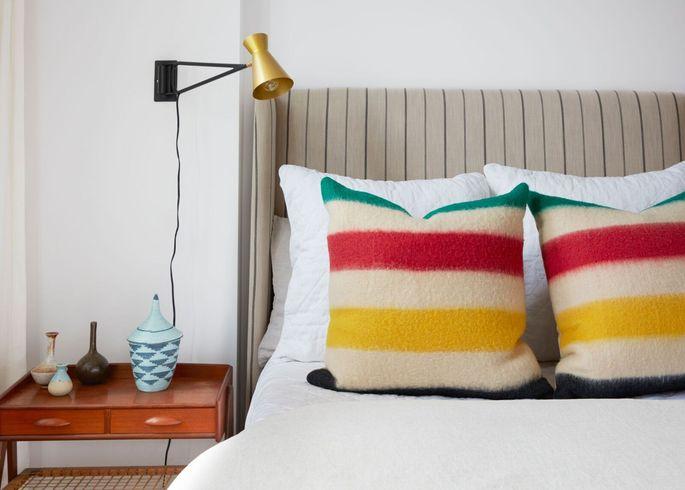 Mindy Kaling: An Inside Peek at Her New York Apartment ...