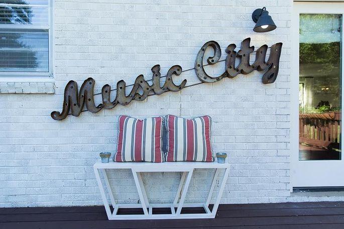 A Nashville porch