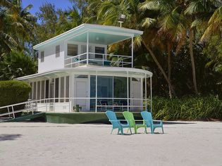 Enjoy the Castaway Life on a Marooned Houseboat in the Florida Keys