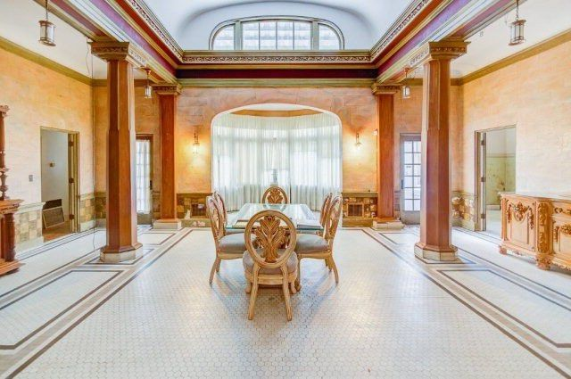 Grand dining space with columns