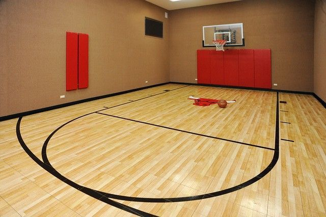 BasketballCourt561CircleLnLakeForestIL