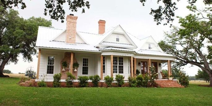 Chip and Joanna's favorite fixer-upper: their very own farmhouse