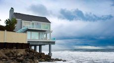 7 Reasons Why Buying a Vacation Home Might Be No Holiday