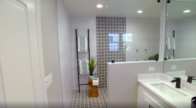 A massive shower like this one is sure to impress buyers.