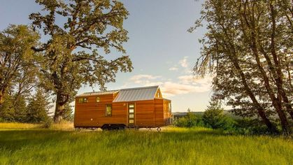 Tiny House, Huge Views—Oregon Opportunity Is a Must-See