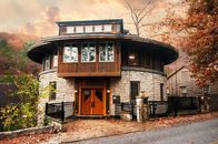 Circular Logic: This Restored Round House in Arkansas Awaits the Right Fit