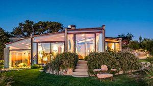 Built to Last: Breathtaking Big Sur Home Brings Natural Elements Indoors