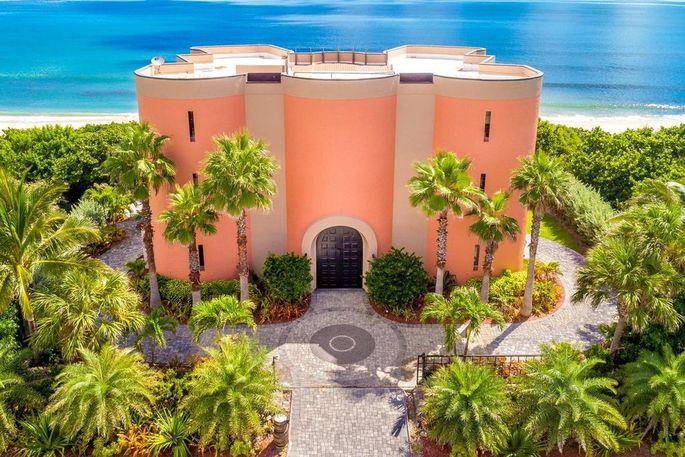 A bright sandcastle in Florida