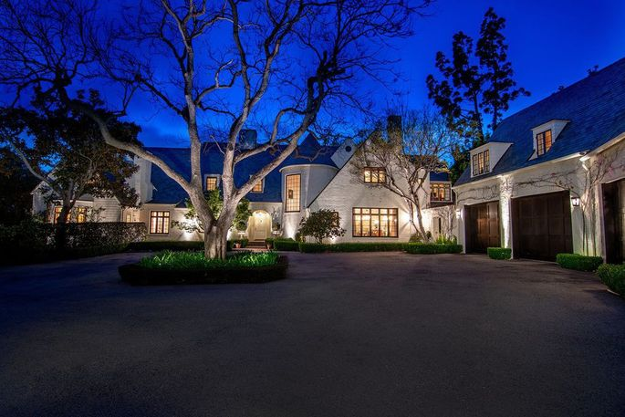 Lindsey Buckingham's Brentwood home is for sale.