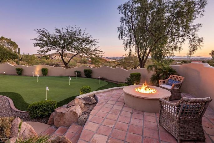 A home for sale in Phoenix, AZ