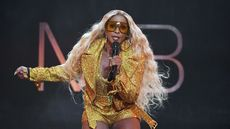Fewer Homes, Less Drama: Mary J. Blige Selling Second New Jersey Home