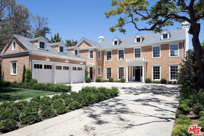 Lindsey Buckingham's wife, Kristen, designed this mansion in Brentwood, CA.