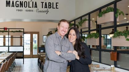 Watch Chip and Joanna Gaines Make Over Their Restaurant—and His Hair