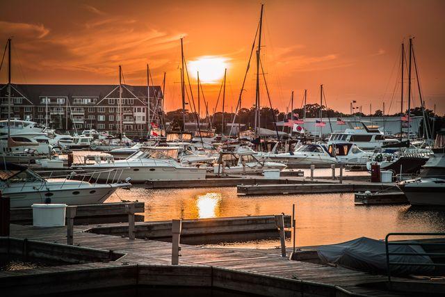 Racine, WI Reefpoint Marina