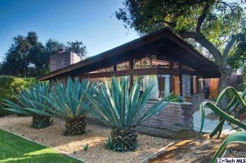 Lloyd Wright's Dorland House Lists in Altadena for $1 Million