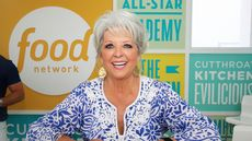 With No Nibbles, Celeb Chef Paula Deen Slices Price on Savannah Mansion