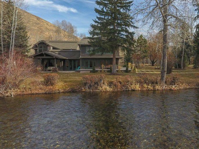 Peter Cetera's Idaho home