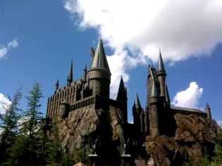 Hogwarts School of Witchcraft and Wizardry Listed for $99.9 Million (PHOTOS)