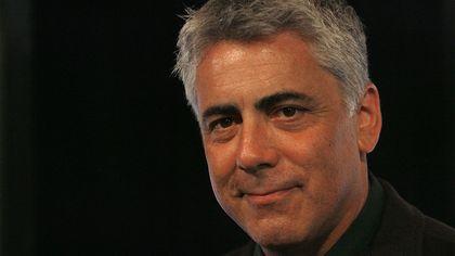 Actor Adam Arkin Close to Selling His Studio City Home