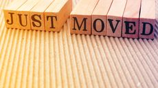 9 Moving Announcements That Say 'We Moved' in Hilarious, Unforgettable Ways