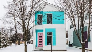 Homebuilder With Vibrant Vision Brings Prefab Modern to Indianapolis