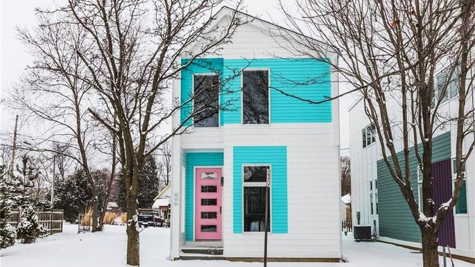 Brilliant Homebuilder With Vision Brings Prefab Modern To Indianapolis Download Free Architecture Designs Momecebritishbridgeorg
