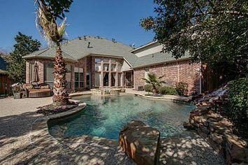 Dallas Cowboys Legend Tony Dorsett Lists Texas Home