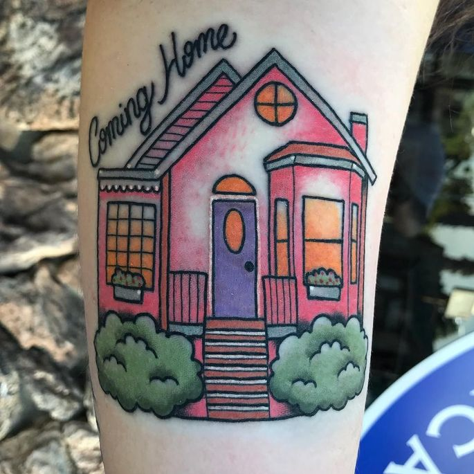 6591ca306 We want to move right into this happy little pink house.