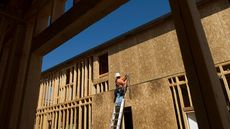 Home Builder Confidence Falls Amid Rising COVID-19 Cases, Higher Prices for Materials