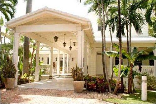 Gloria Estefan's $30K a Month Guest House Rental on Star