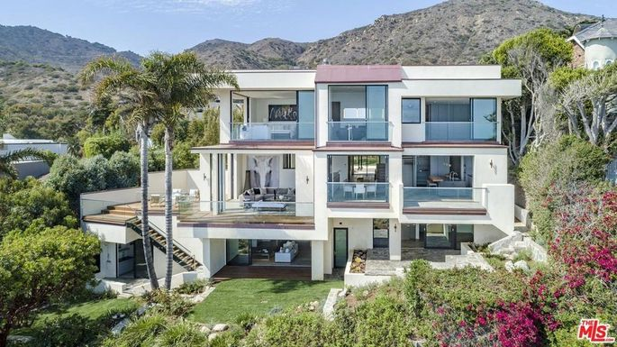 Cindy Landon's brand-new Malibu beach house, which she's putting on the market for $18 million