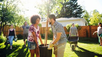 How to Meet Your Neighbors: Icebreakers Even Introverts Can Pull Off