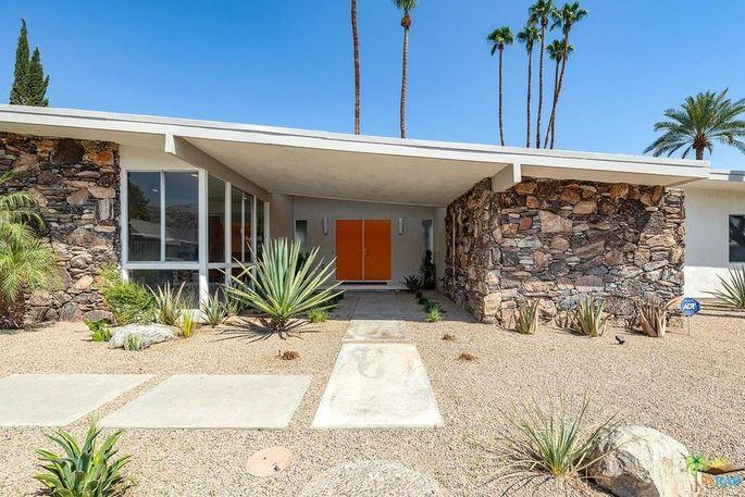 5190 E. Lakeside Dr, Palm Springs, CA