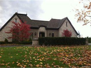 MLB Legend Pudge Rodríguez Selling MI Home for $1.9M