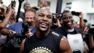 Major 'Money': Floyd Mayweather Splurges on a Megamansion in Beverly Hills