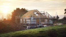 How to Build a House Cheaply: 7 Sneaky Ways to Save on Home Construction