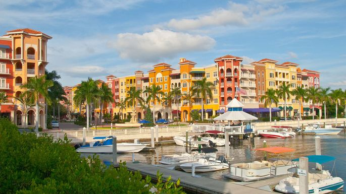 Vibrant (and clean) community in Naples, FL